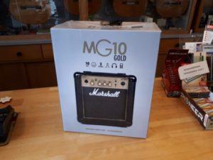 Marshall MG10 Gold beim Musikhaus Hübner erhältlich.